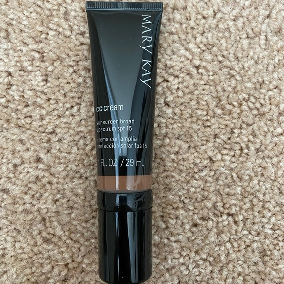 Mary Kay CC Cream-Very Deep